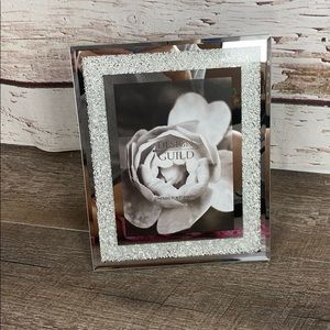 "Design Guild Silver picture frame 5"" x 7"" photo"